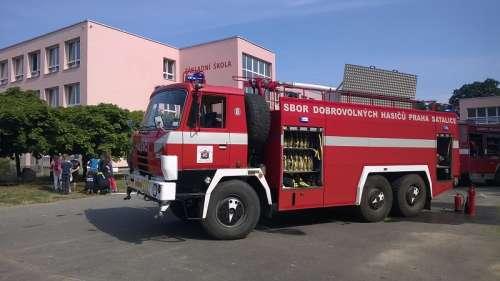 Den s hasiči.
