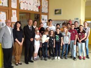 Pojďte s námi do Japonska. Vede L.Usakovská. Návštěva - pan ředitel Japanese School in Prague.